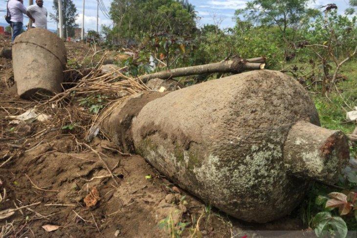 Di lokasi proyek jalan tol ditemukan batu nisan Kesultanan Aceh
