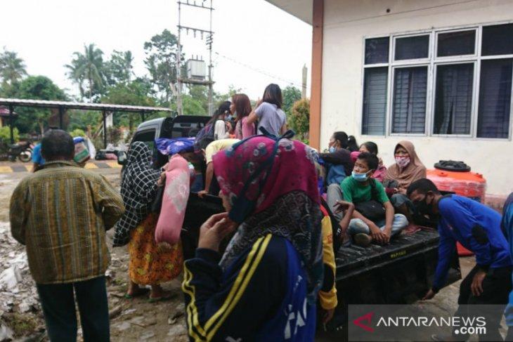 Banjir di Kota Singkawnag mulai surut