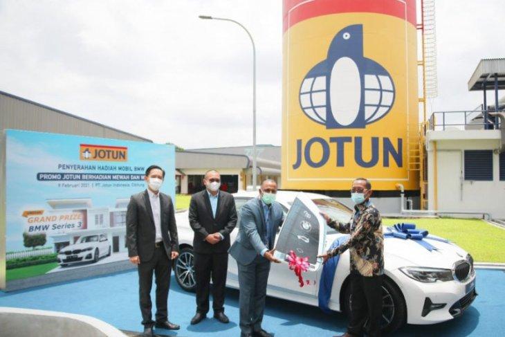Pelanggan cat Jotun, warga Sidoarjo bawa pulang BMW Seri 3