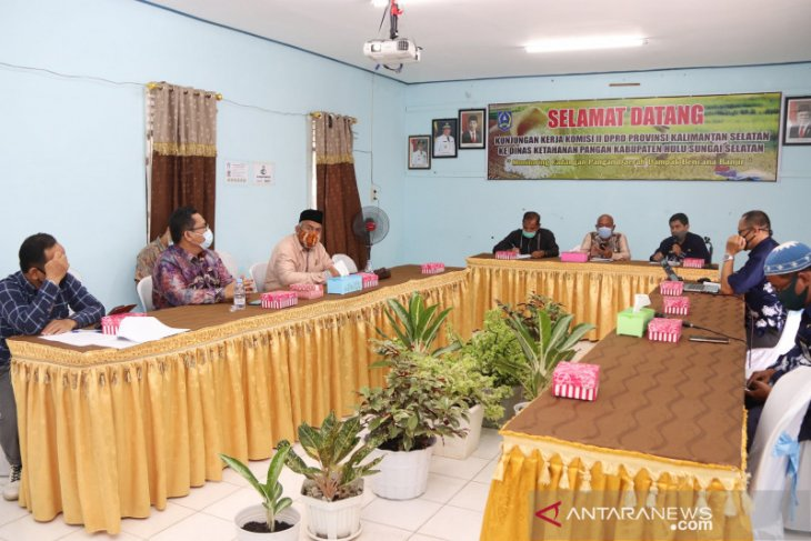 Kunker DPRD Kalsel ke HSS, bahas cadangan pangan dampak COVID-19 dan banjir