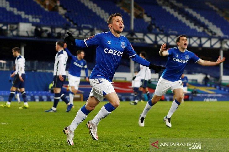Everton singkirkan Tottenham dari Piala FA