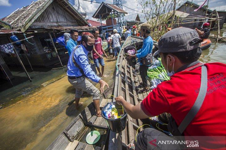 FAJI Kalsel Salurkan Bantuan Kepada Korban Banjir