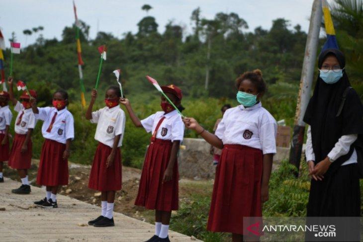 Menteri Nadiem harapkan siswa SMK di Provinsi Papua berpikir kewirausahaan