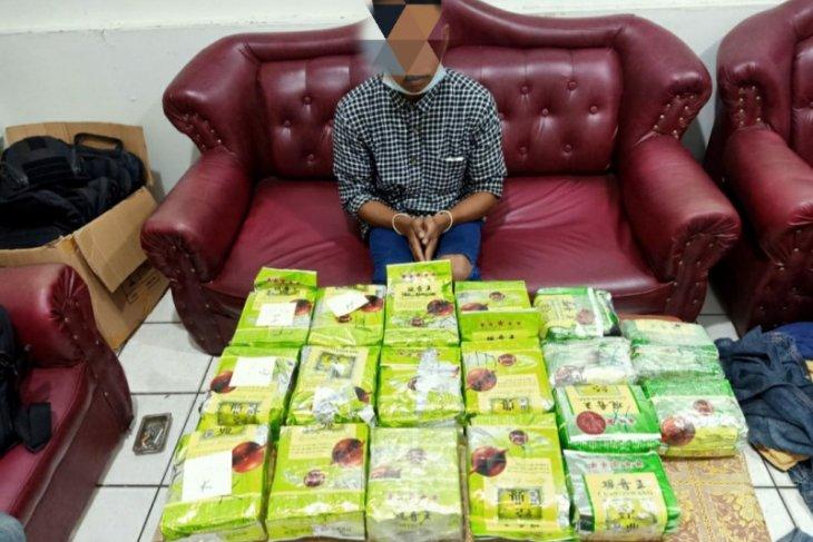 Bea Cukai gagalkan penyelundupan 18,7 kg narkotika jenis Methamphethamine
