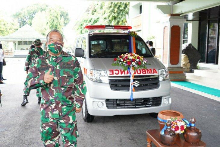 Puluhan prajurit Kodam IX/Udayana sumbangkan plasma konvalesen