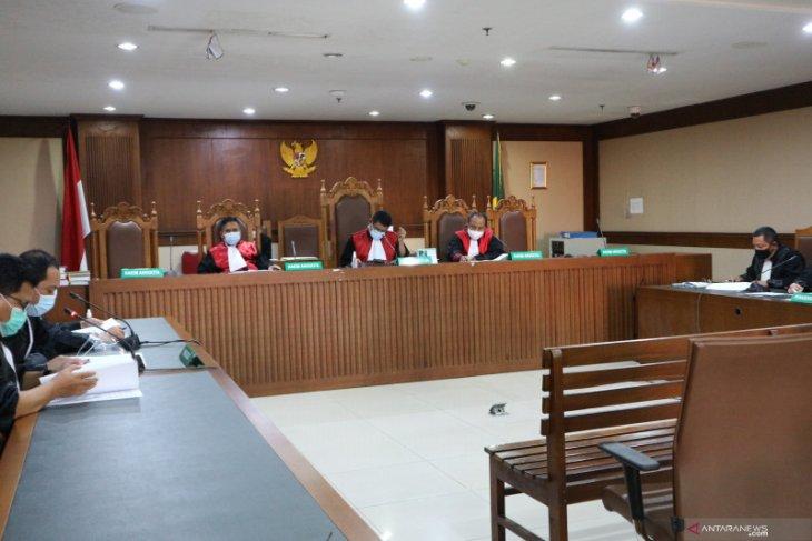 Jaksa: Edhy Prabowo buat perusahaan kargo untuk ekspor benih lobster