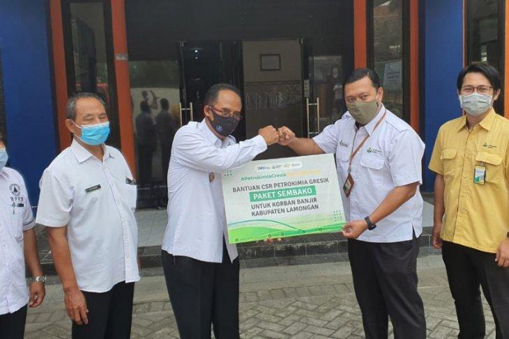 Petrokimia Gresik  bantu seribu paket sembako korban banjir Lamongan