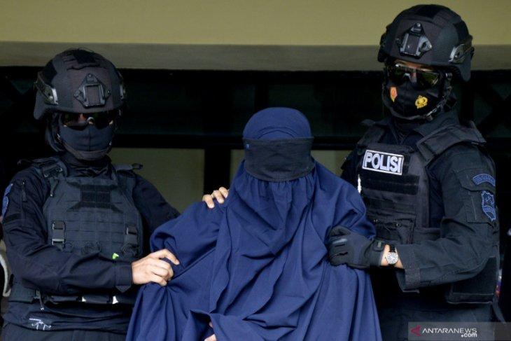 Polisi amankan seorang perempuan di Sekadau terkait dugaan terorisme