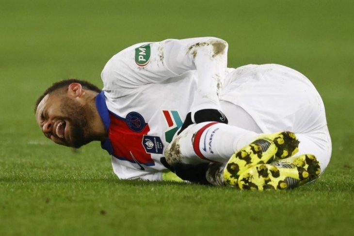 PSG terancam kehilangan Neymar jelang lawan Barcelona karena cedera