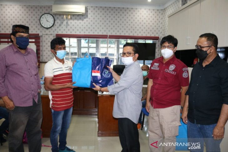 Negatif COVID-19, lima nelayan Aceh dibebaskan India tiba di Aceh