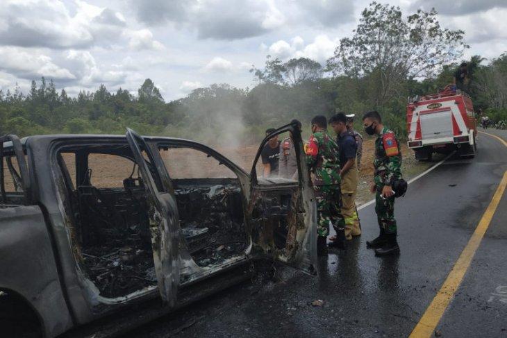Mobil dinas KPH diduga dibakar di lokasi ilegal logging Putussibau Utara