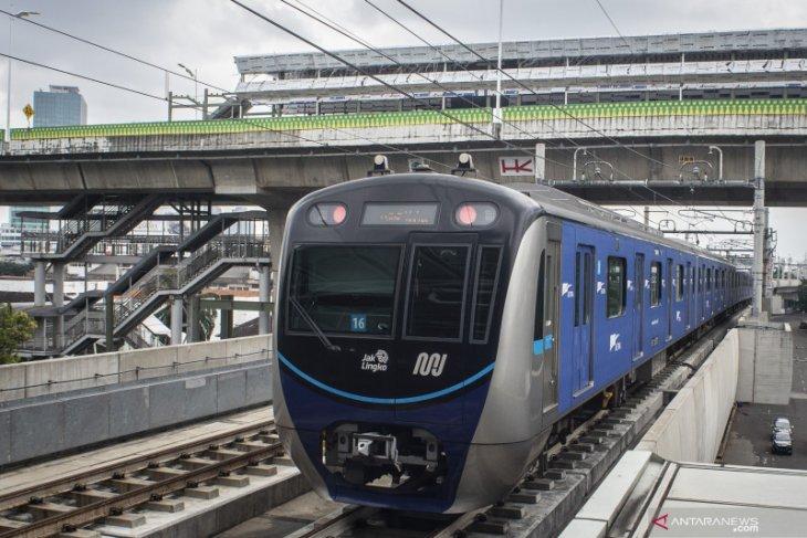 MRT Jakarta-TransJakarta mengembangkan layanan terintegrasi