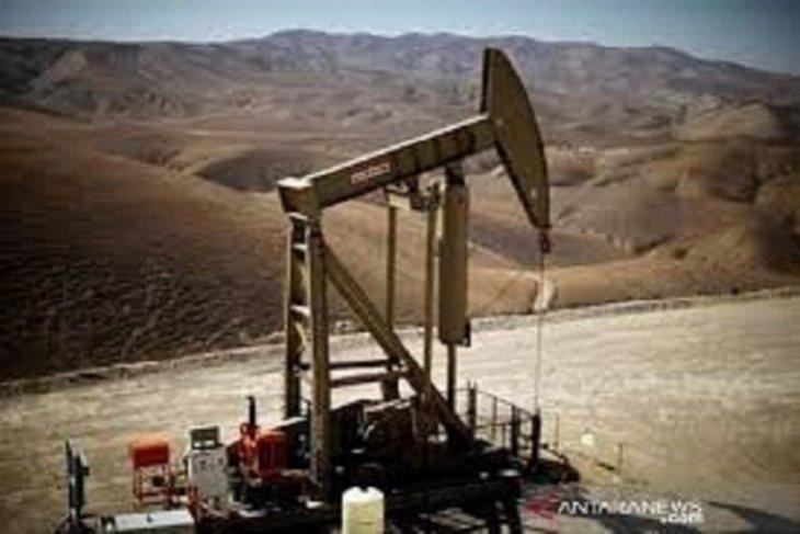Minyak jatuh  kekhawatiran permintaan China dan  pasokan OPEC