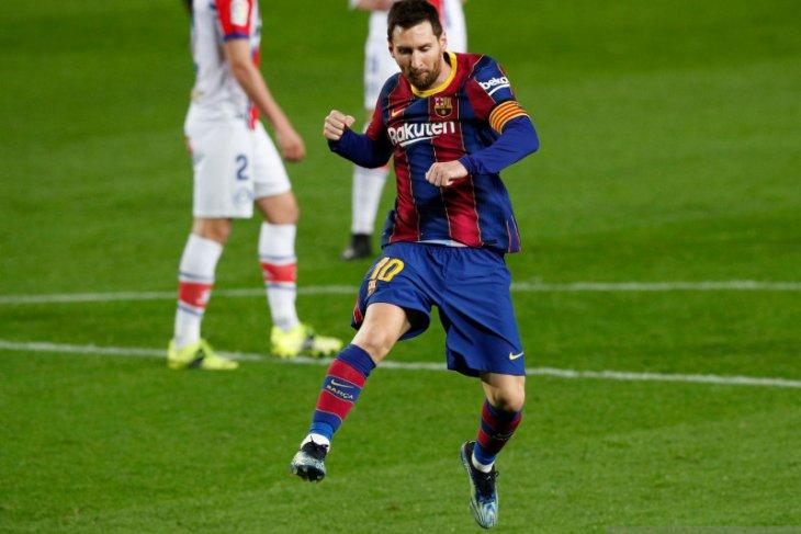 Pelatih Koeman klaim Lionel Messi bahagia di Barcelona