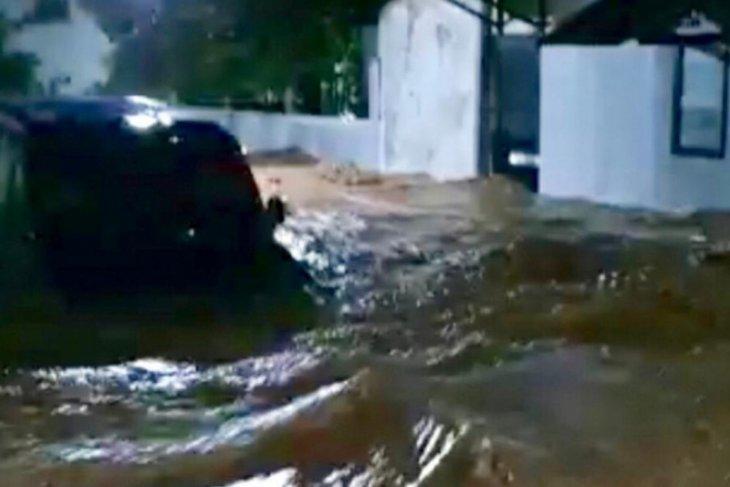 Intensitas hujan tinggi pemicu tanah longsor di Nganjuk