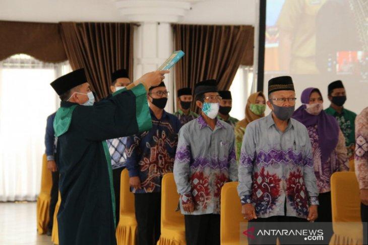 810 anggota BPD di HSS dilantik serentak secara virtual