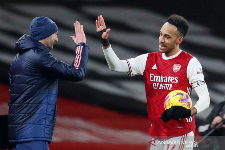 Pelatih Arsenal Arteta tak mau buru-buru mainkan lagi Aubameyang