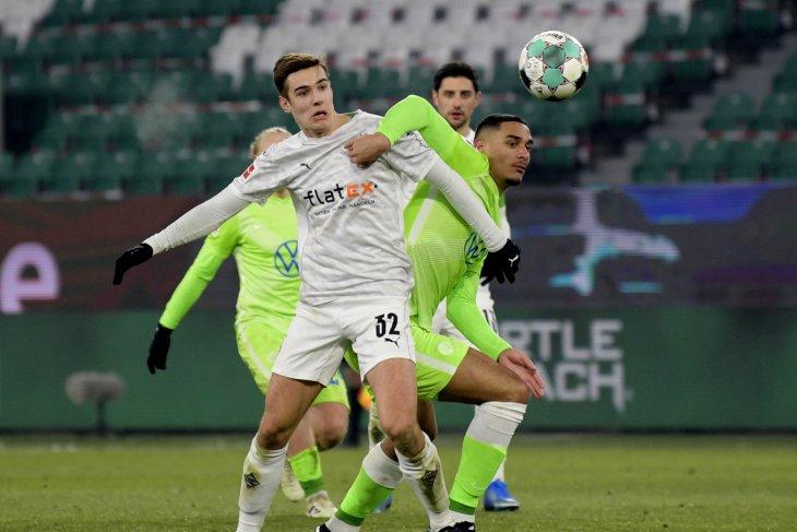 Wolfsburg gagal ke posisi ketiga setelah diimbangi Gladbach 0-0