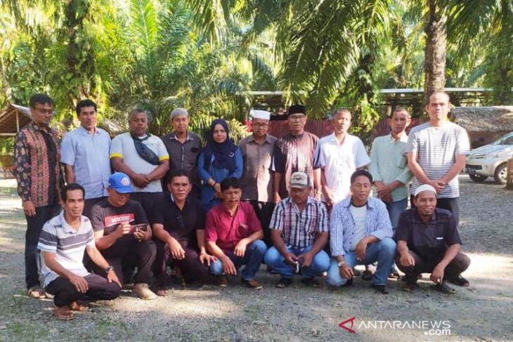 Komunitas adat laut Aceh Barat tuntut kompensasi pencemaran lingkungan akibat batu bara