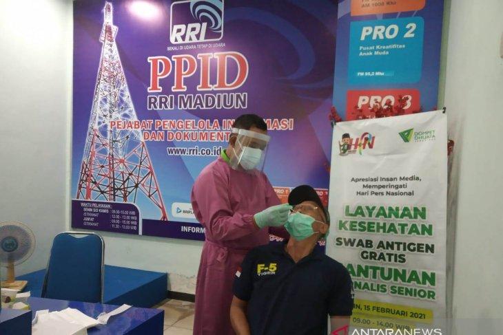 Dompet Dhuafa gandeng RRI Madiun fasilitasi wartawan tes cepat antigen
