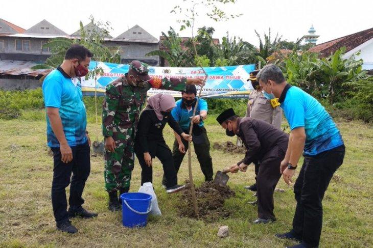 Peringati HPN 2021, PWI Jatim lakukan penghijauan di Lamongan