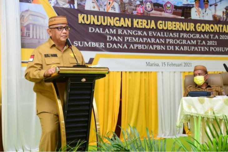 Gubernur Gorontalo minta masyarakat Pohuwato aktifkan siskamling