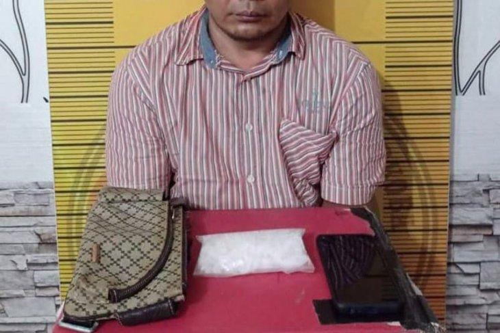 Polisi tangkap warga Banda Aceh edarkan sabu-sabu di Langsa