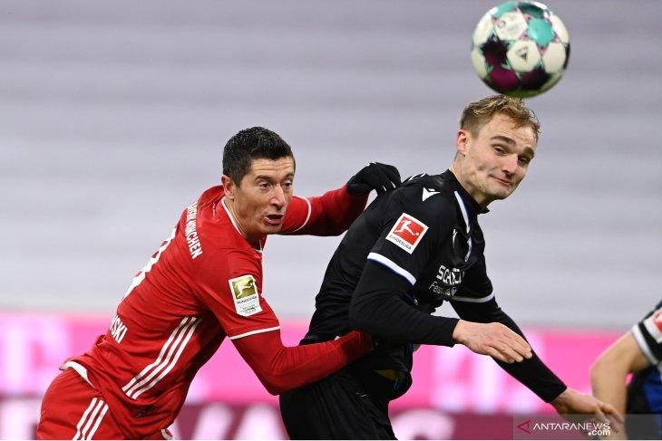 Bayern menahan imbang tamunya Arminia 3-3