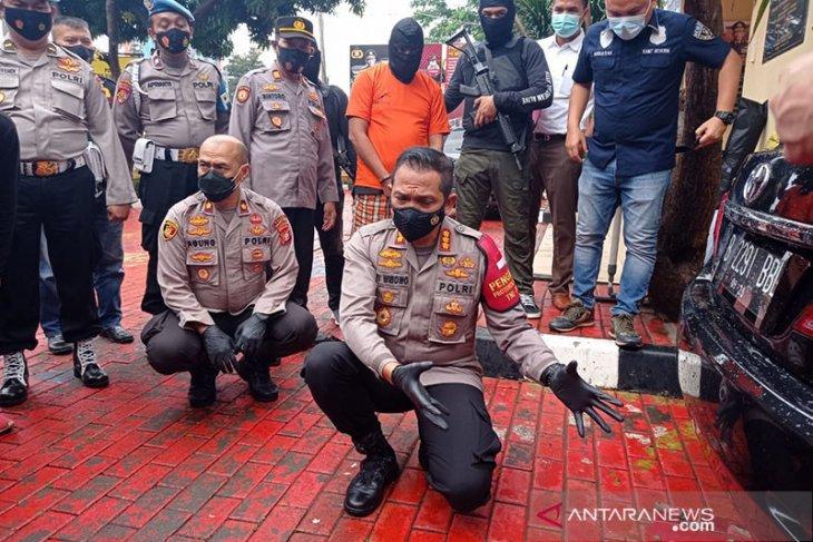 Penembakan di cafe Jakarta Barat tewaskan tiga orang