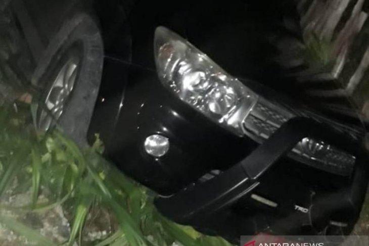 Dua pemuda tewas akibat tabrakan dengan mobil rektor