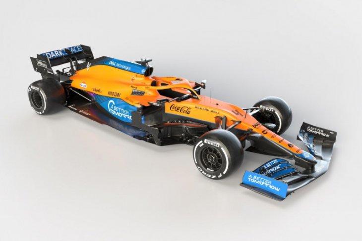 McLaren kenalkan mobil F1 baru MCL35M bermesin Mercedes
