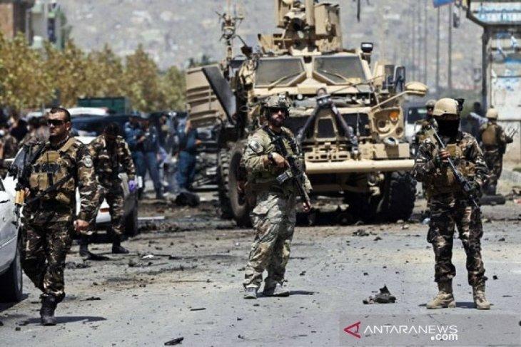 Bom mobil tewaskan tujuh orang, lukai 53 orang di Afghanistan