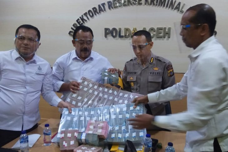 Polda Aceh tahan tersangka korupsi sertifikasi aset tanah PT KAI