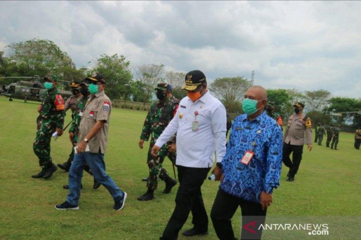Setiap 200 M, TNI Polri jaga ketat rute kedatangan Jokowi ke HST