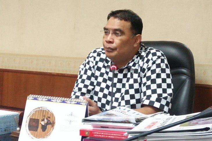 DPRD  Pembangunan dermaga feri Tiakur harus dilanjutkan