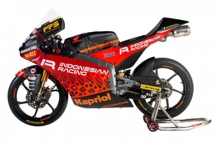 Motif batik menghiasi livery motor tim Indonesian Racing di Moto3