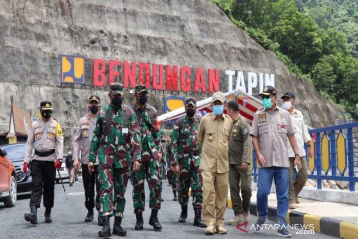 Persiapan kedatangan Presiden Jokowi ke Tapin