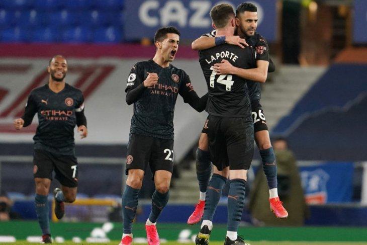 Liga Inggris, Manchester City taklukkan Everton dengan skor 3-1