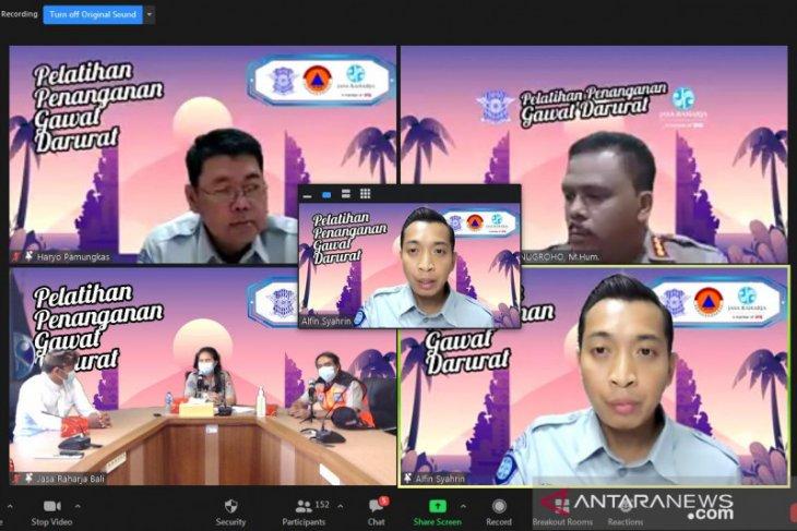 Di Bali, Jasa Raharja dan Polri latih penanganan korban kecelakaan