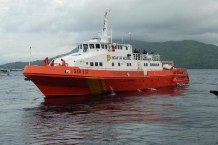Basarnas cari perahu motor rute Ternate-Moti alami kecelakaan