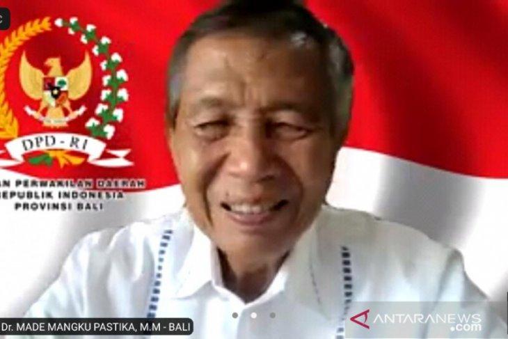 Anggota DPD apresiasi petani di Bali semangat kembangkan