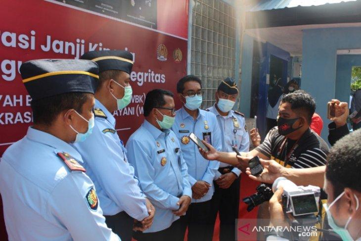 Imigrasi Sabang sediakan layanan eazy passport di tengah COVID-19
