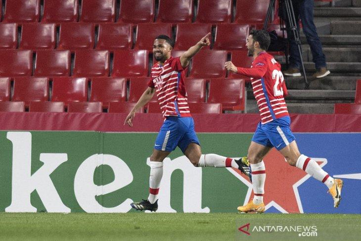 Liga Europa: Granada hantam Napoli dengan kemenangan dua gol tanpa balas