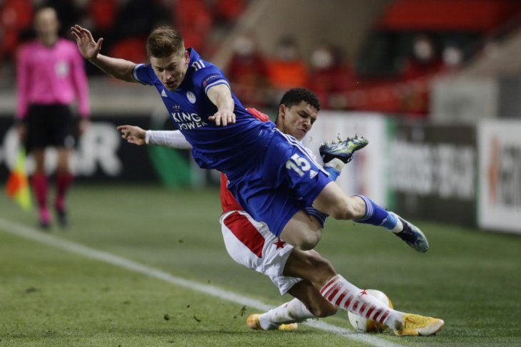 Liga Europa: Leicester imbang 0-0 lawan Slavia, PSV takluk di tangan Olympiakos