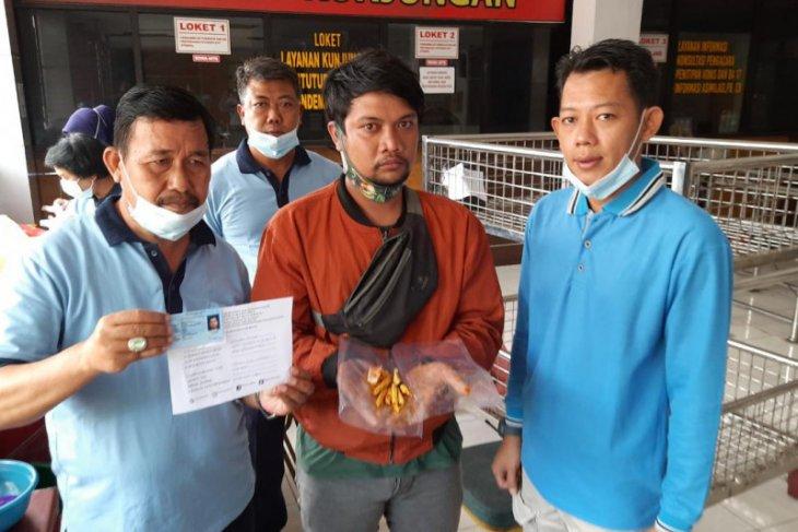 Penyelundupan narkoba dalam perut ikan ke Rutan di Jatim digagalkan