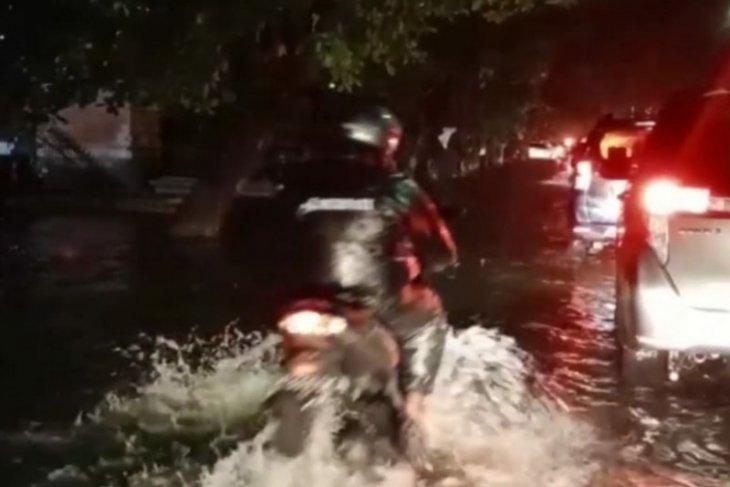 Di Bali, dua kabupaten berstatus siaga potensi banjir