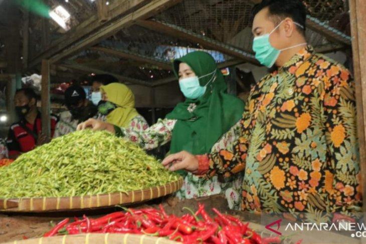 Harga cabai rawit di  Kota Probolinggo masih meroket tembus Rp85 ribu