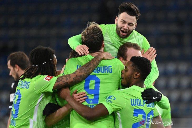 Wolfsburg naik ke posisi ketiga setelah menang di markas Arminia