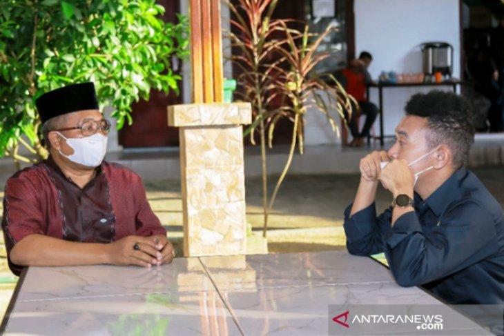Stafsus kunjungi Aceh, berikut aspirasi guru yang dijawab presiden