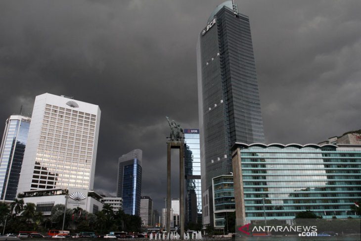BMKG forecasts moderate, heavy rainfall in several Indonesian regions